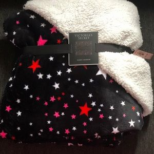 Victoria's Secret Sherpa blanket